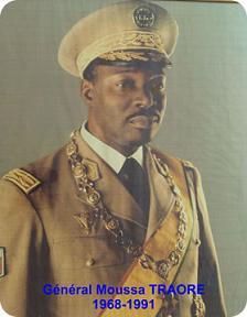 général Moussa Traoré, prochain conseiller spécial de CMD? dans POLITIQUE MOUSSA-T_3