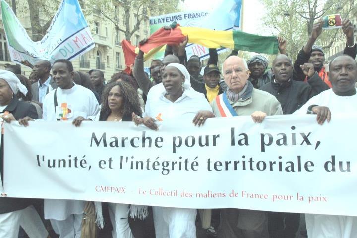 le poids des maliens de France paix2