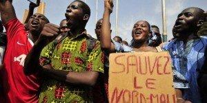 les trois points cardinaux du Mali dans POLITIQUE sauvez_le_nord_mali-300x150
